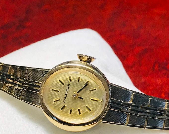 Retro 1979 N9 Caravelle Gold Tone Winding Ladies Watch w/ Bulova France Bracelet!
