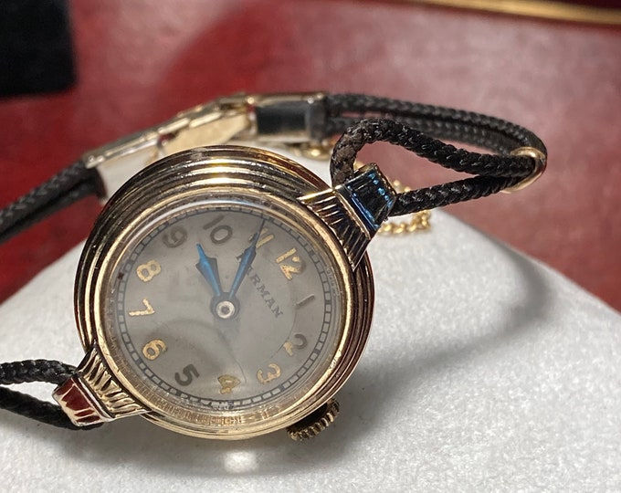 Vintage 1930s Harman 10K Gold Filled Winding Ladies Watch w/ Rope Band!