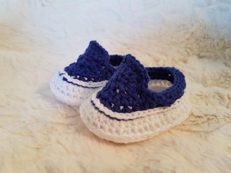 Häkeln Sie Baby Converse Set häkeln Converse Babyschuhe Hut & Bootie Set Baby Geschenk Set