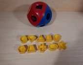 Vintage Tupperware ball puzzle ball.formball complete