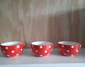 VTG pottery bowls Polka dots red