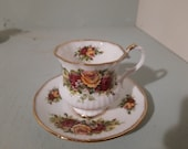 English Garden, Elizabethan Staffordshire Cup and dish