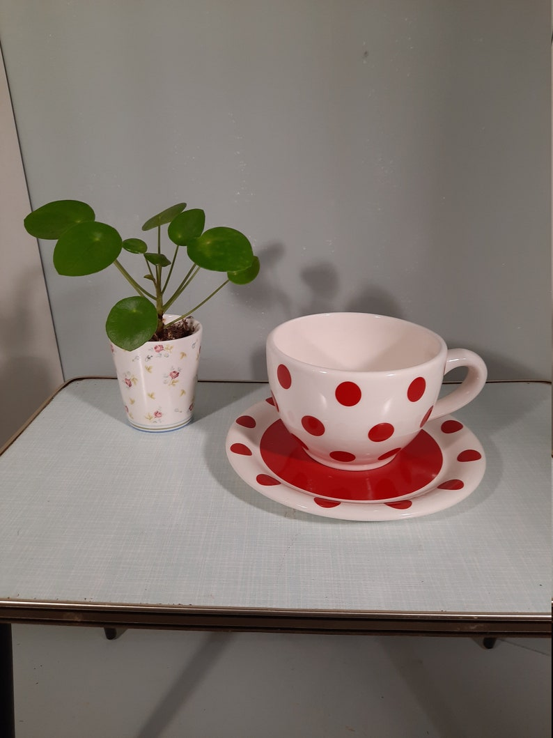 Vintage Polka dots red Soup Bowl with underbord. Jumbo mug. image 0
