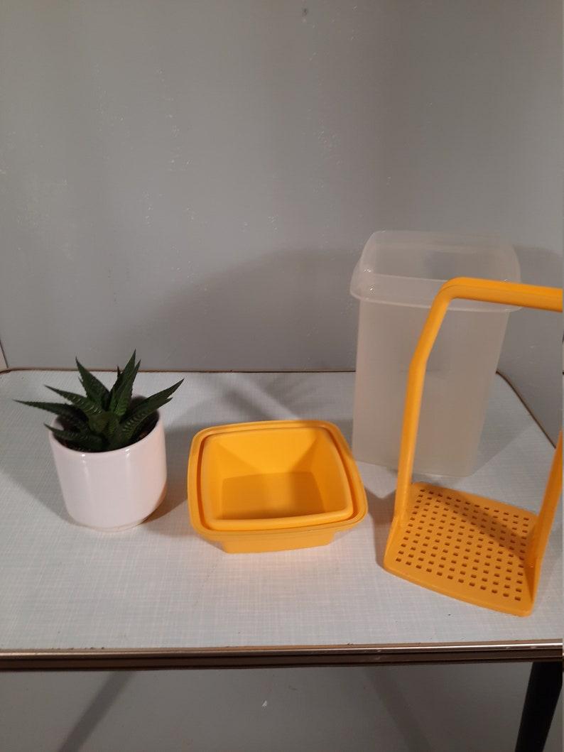 Vintage Tupperware Sour pot Yellow. image 0