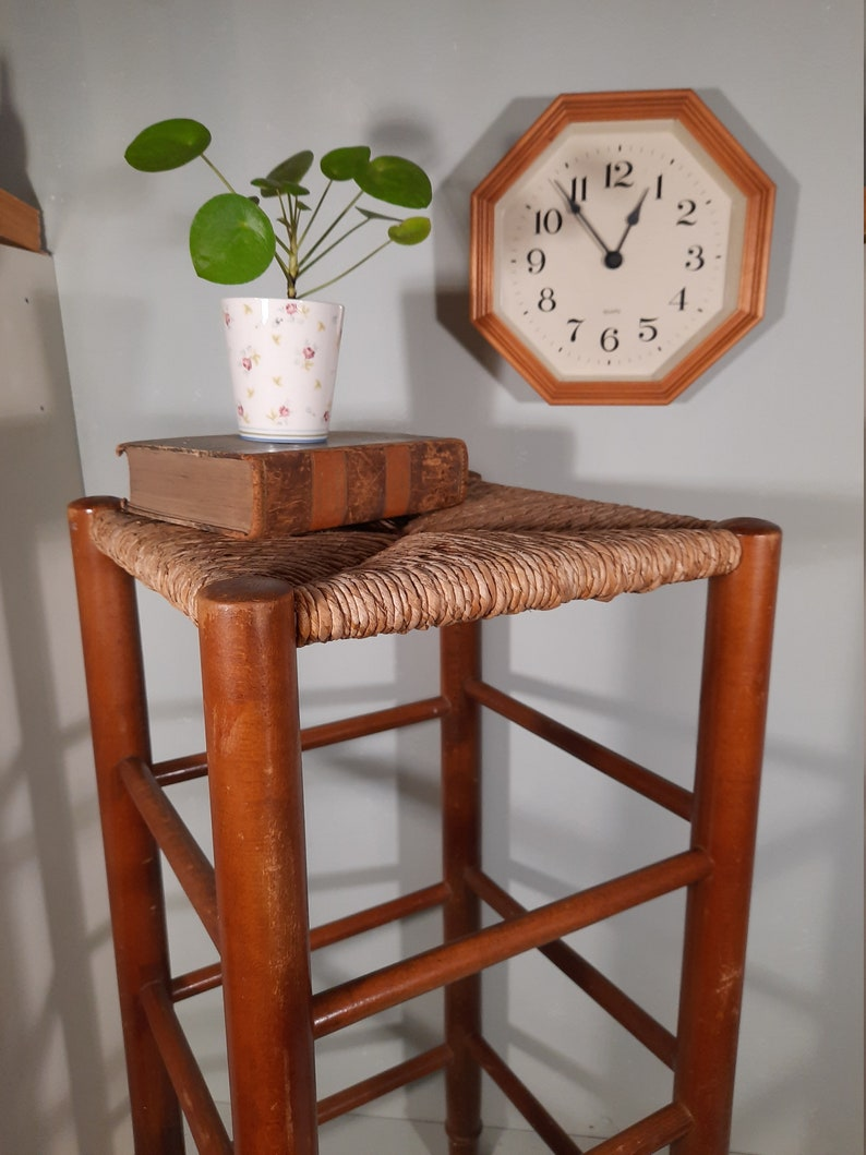 Vintage Bar Stool with Wicker Piping Session Charlotte image 0