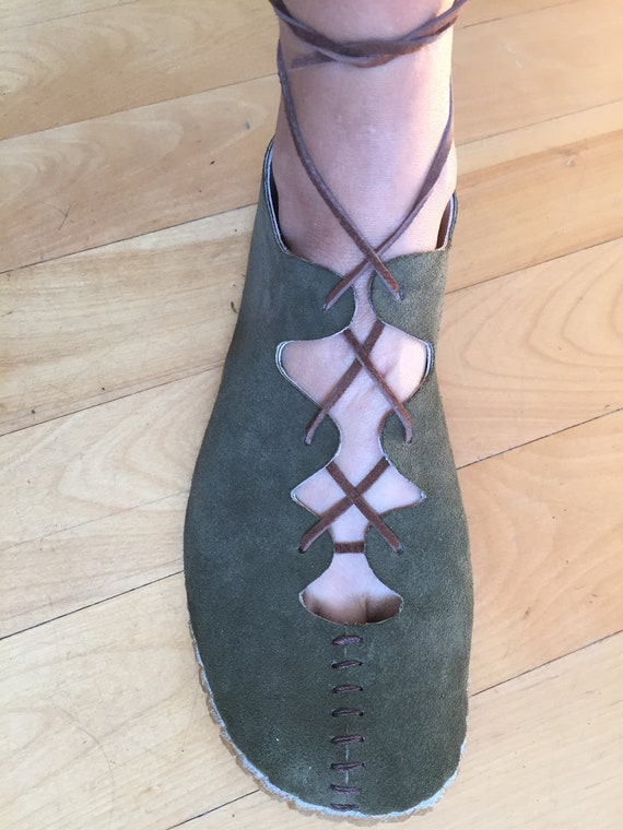 """Ghillies ~ women's barefoot shoes with """"bar""""-stitches by Farm Shoes Handmade"""