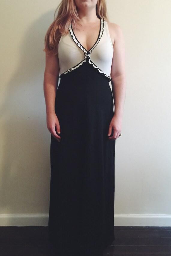 Vintage Black & White Empire Waist Maxi Dress