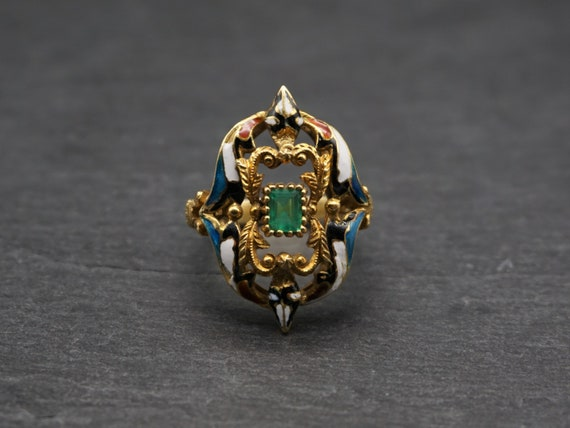 Vintage Emerald Enamel Gold Ring / Antique Style I