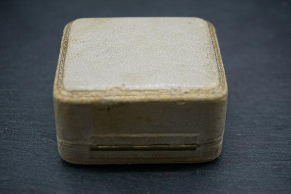Antique Velvet Brooch Box / Royal Court Goldsmith… - image 6