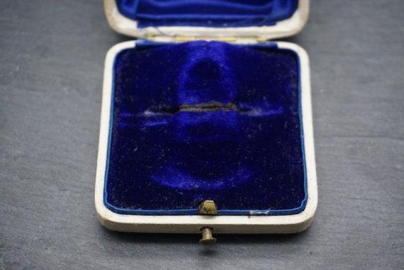 Antique Velvet Brooch Box / Royal Court Goldsmith… - image 4