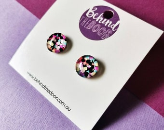 Fashionista Glass Stud Earrings