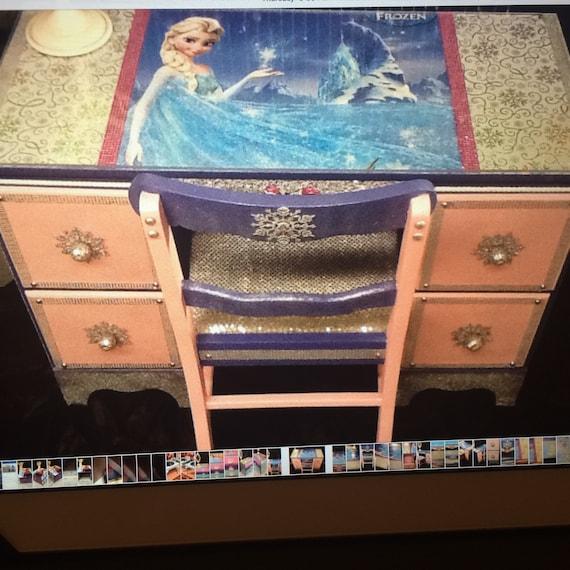 Childrens furniture - kids desk - kids furniture - girls room decor - desks  - girls bedroom furniture - pink furniture - desks - girls desk
