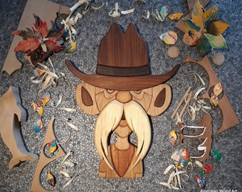 Wood intarsia : Old man