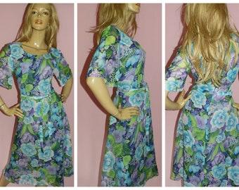 53fbfc02f4 Vintage 70s Bold Blue Green Purple FLOWER POWER Flutter Slvd Dress 14 16 M  L 1970s Art Nouveau Floral
