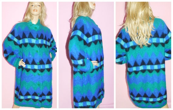 Vintage 80s Blue Green GEOMETRIC Chunky Knit OVERS