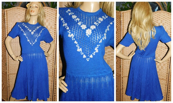 Vintage 1930s Blue Cream KNIT Day Dress Embroidere