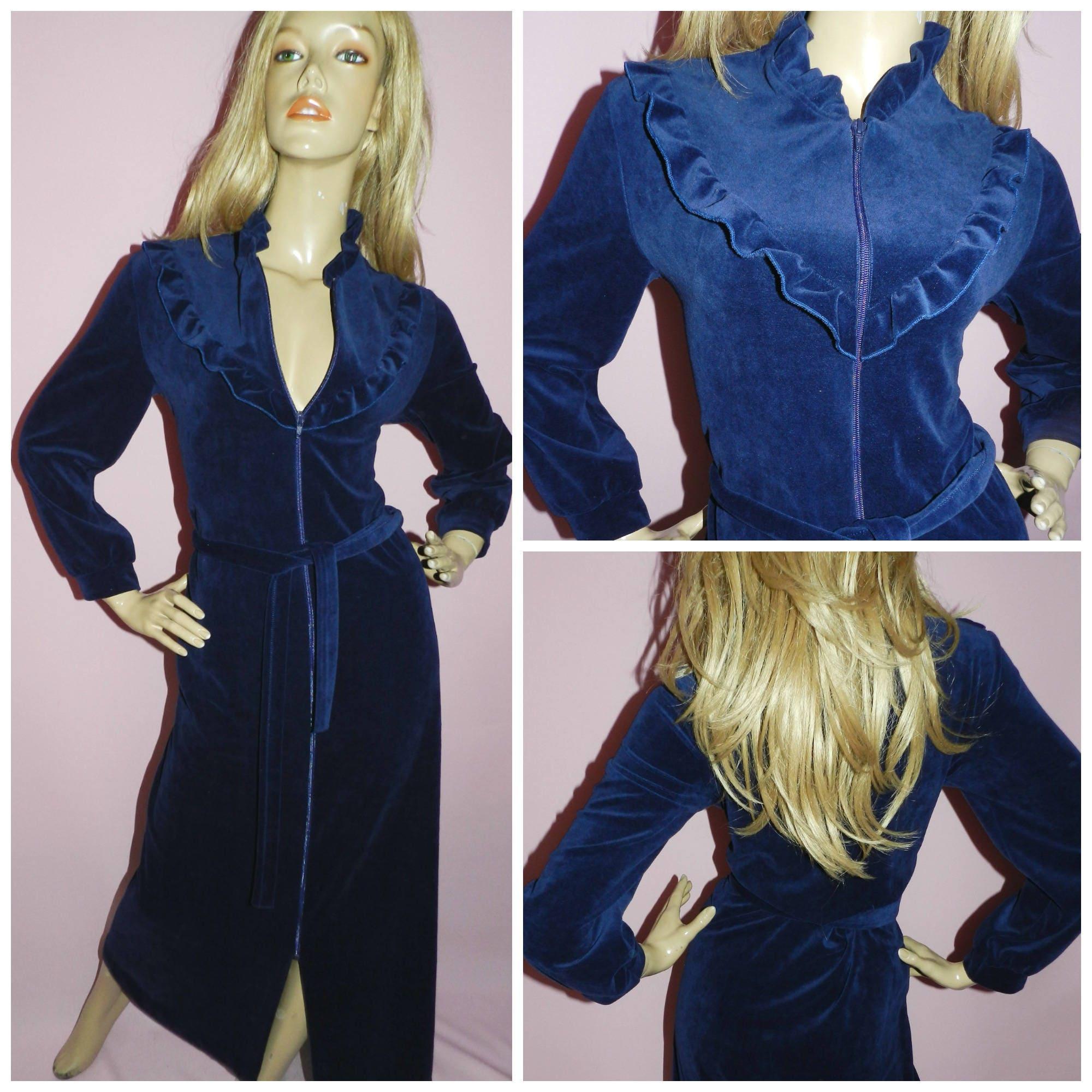 Vintage 70s 80s Navy Blue VELVET RUFFLED Dressing gown House coat ...