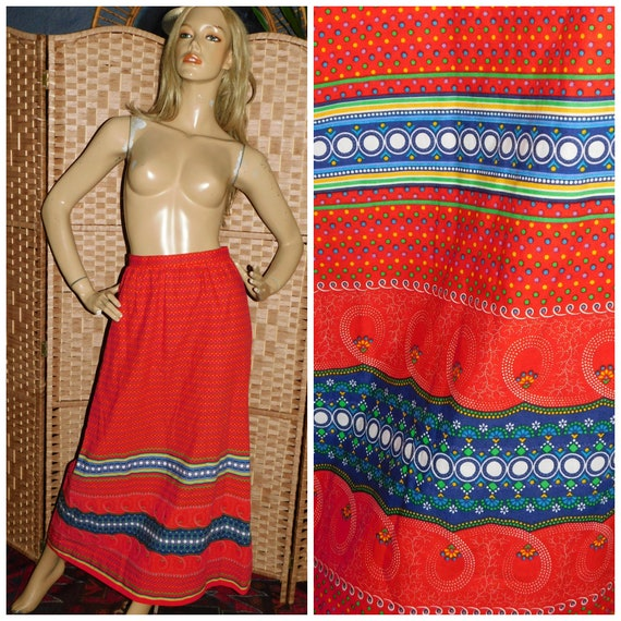 Vintage 70s Multicoloured Red Ditsy DOTTY Contrast