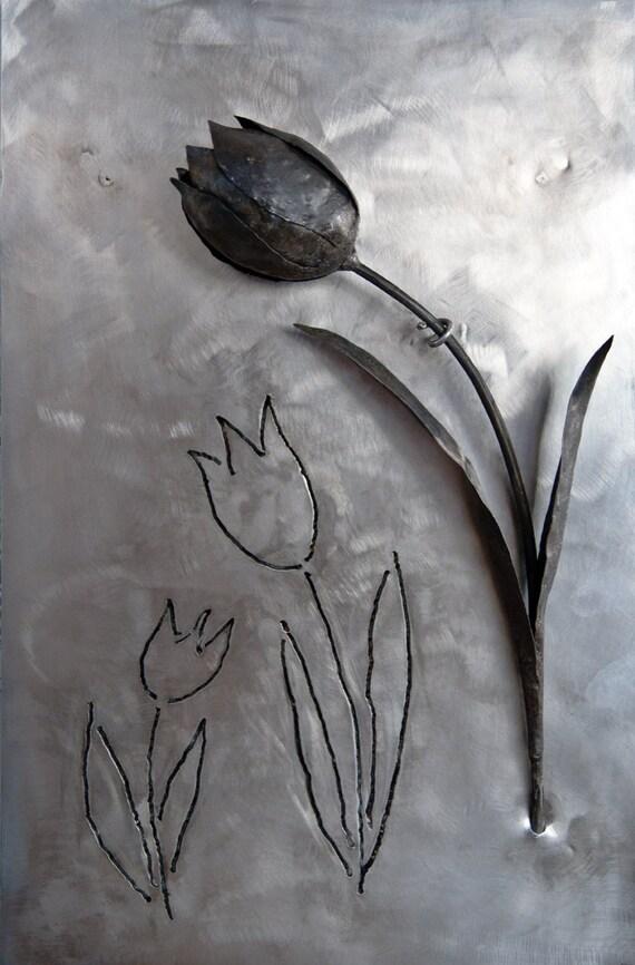 Tulipan Negro De Hierro Forjado Sobre Plancha De Inox Flor De Metal Soldada Decoracion De Pared Metal Unica Escultura Acero Regalo Boda
