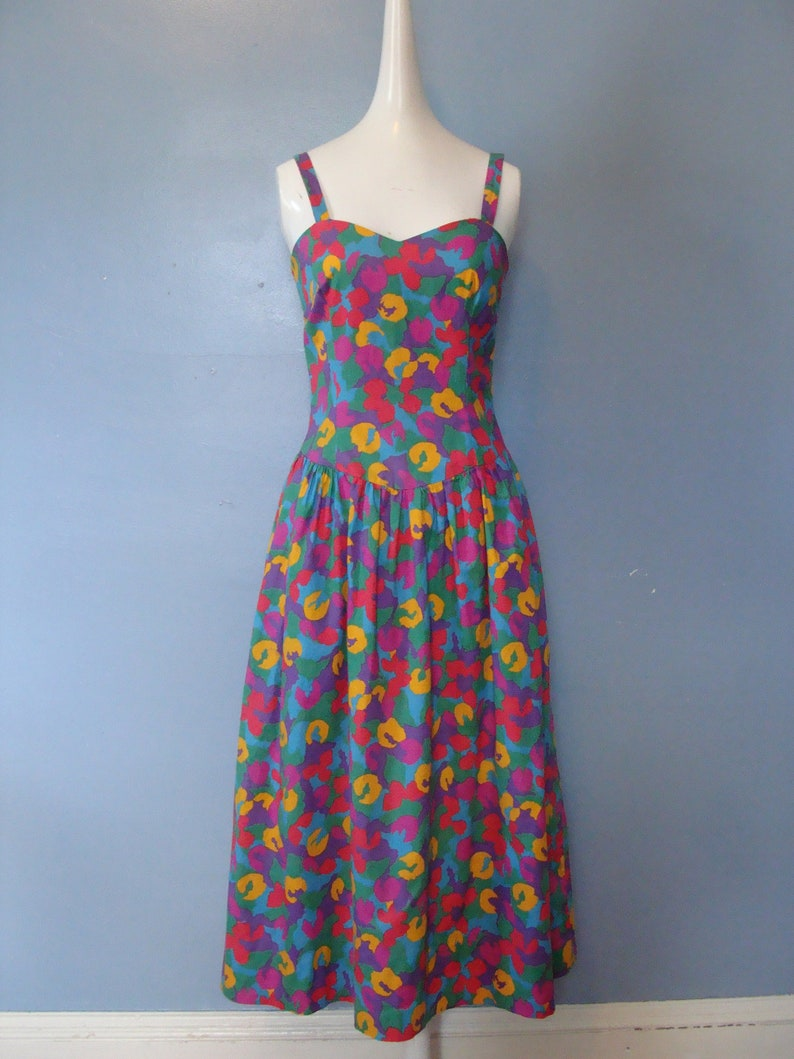 5db4e2174ac Vintage Sun Dress 80 s does 50 s Fit and Flare Dress