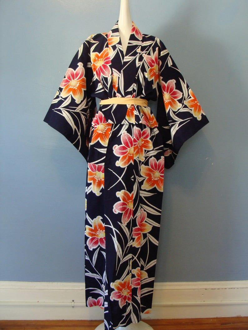 b31effaa0e Vintage Kimono Japanese Handmade Floral Print Cotton Boho Chic | Etsy