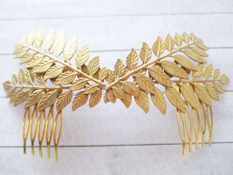 Tiara de hojas dobles en latón dorado Tocado de hojas  0a55671751d7