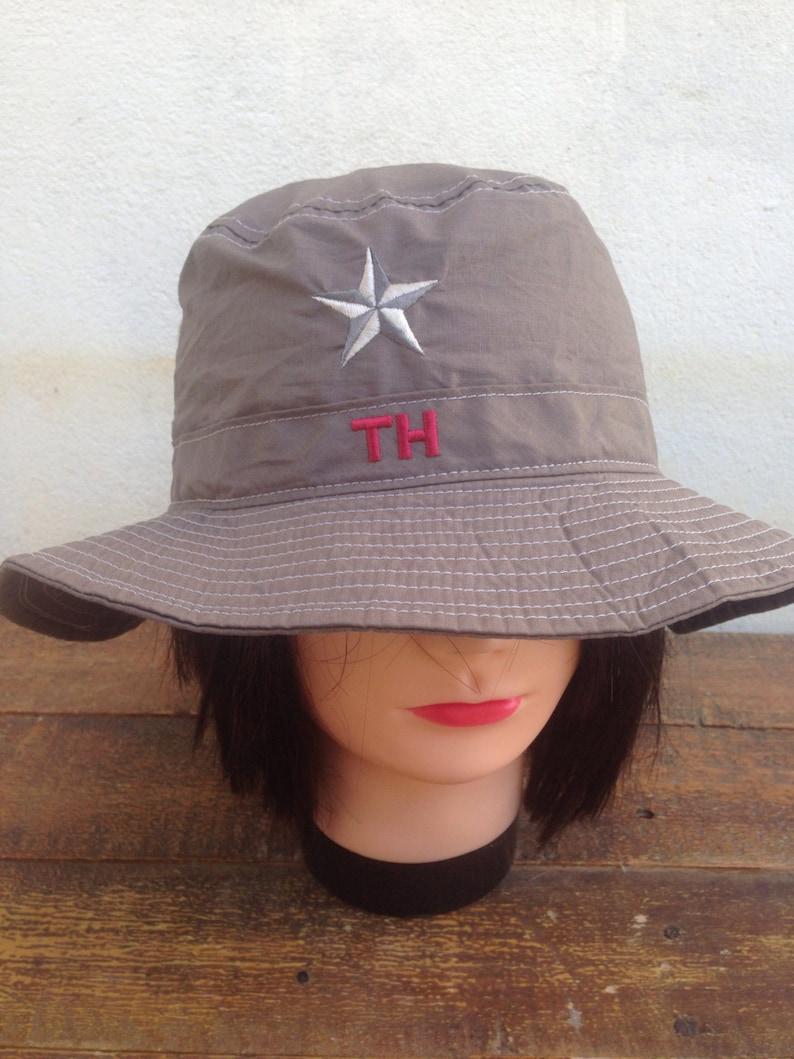 c6312c92e01254 Vintage 90s TOMMY HILFIGER bucket hat hip hop