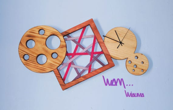 Horloge murale design en bois massif etsy for Horloge murale design bois