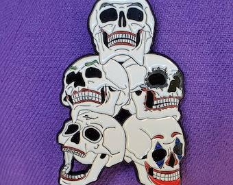 Jokers Enamel Pin - dc comics