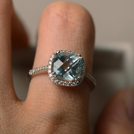 UK Size O12 US size 714 Carved matte silver hammered ring with aquamarine