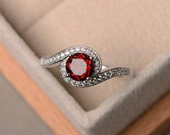 Natural red garnet ring, wedding ring, round cut gemstone, January birthstone ring, red gemstone ring, sterling silver ring