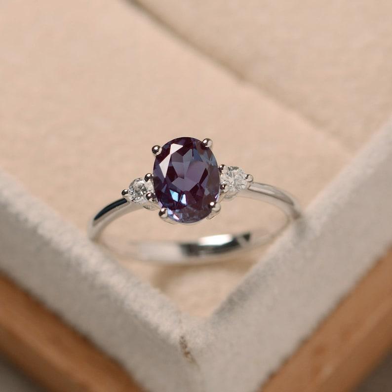 Oval alexandrite ring silver alexandrite jewelry gemstone image 0