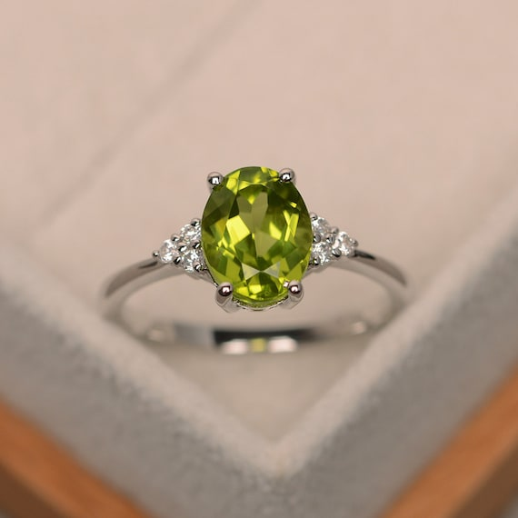 peridot wedding rings peridot ring engagement ring peridot oval cut 6465