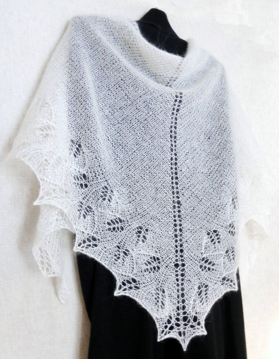 White knit shawl Lace shawl Hand knitted wedding boho scarf Mohair knit shawl Ivory bridal wrap Handknitted cover up Hand knitting