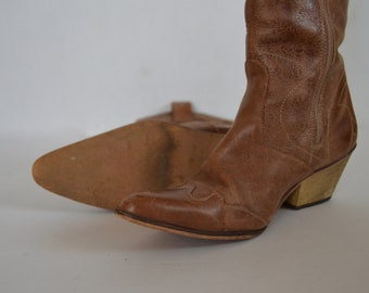 2cab42958599 Women s Cowboy Boots Genuine Leather Vintage 1980s Women s BrownCowboy  Boots size US6 EU37 UK4
