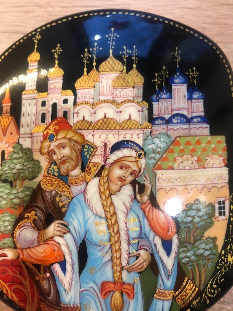Vintage lacquer box Russian fairy tale The Tale of Tsar Saltan Lacquered miniature Russian black lacquer box Palekh Lacquer box