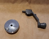 Singer Hand Crank for Singers 66 99 15 Class and Others with Metal Hand Wheel Screw