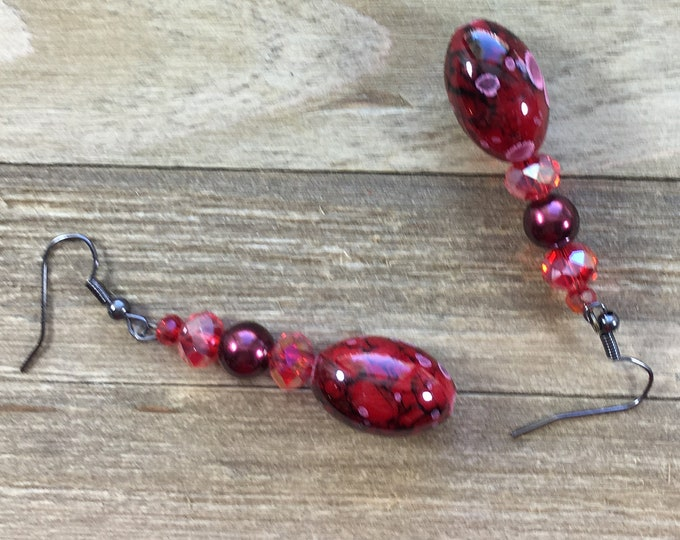 CLEARANCE! Floral red and pink glass beads, red glass pearls, czech glass beaded earrings on silver dangle drop french hook