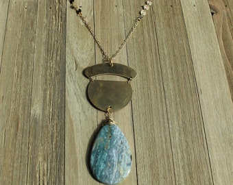 Natural green & gray ocean jasper teardrop waterdrop pendant with brass geometric shapes on a gold toned chain