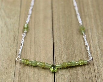 Semi-precious birthstone peridot bead bar with peridot accents on a silver delicate chain