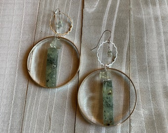 Prehnite stick bead, raw green amethyst in silver circle with ruffle circle with faceted green amethyst, on 925 sterling silver earwires