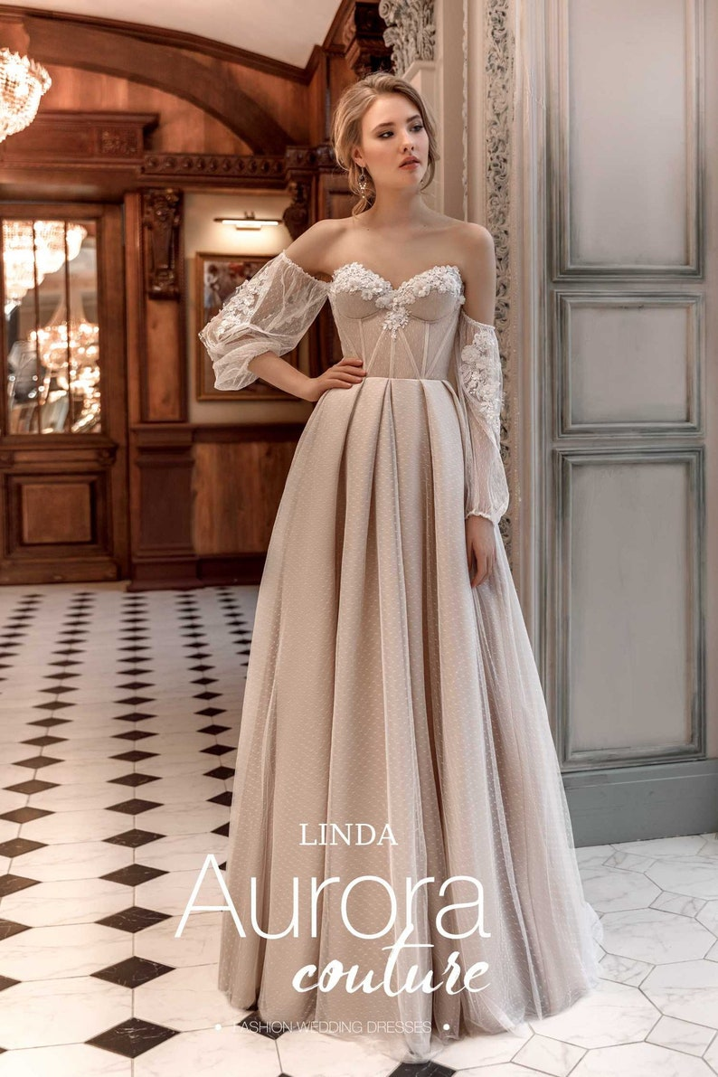 Beach Wedding Dresses.Wedding Dress Beach Wedding Dresses Vintage Wedding Dresses Simple Wedding Dress Boho Wedding Dress Bohemian Wedding Dress Linda
