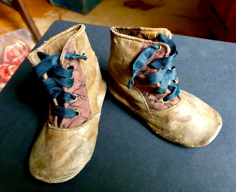 cc7b2f39b851a Antique Vintage Edwardian Victorian Child's High Lace Leather & Brocade  Shoes Shabby Display Costumes Fashion Collectible Dolls