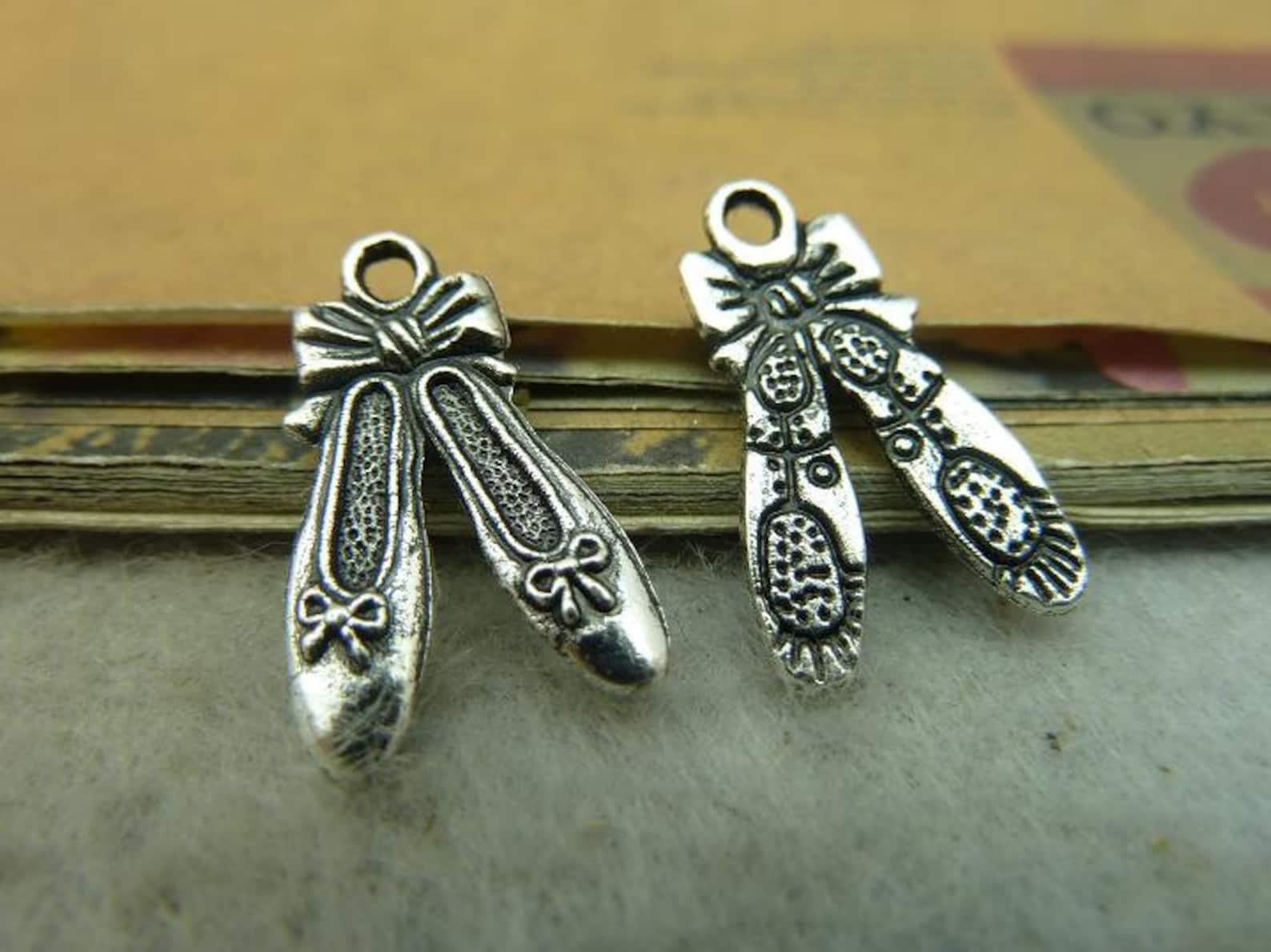 bulk 30 ballet slipper charms antique silver tone 2 sided terrific detail