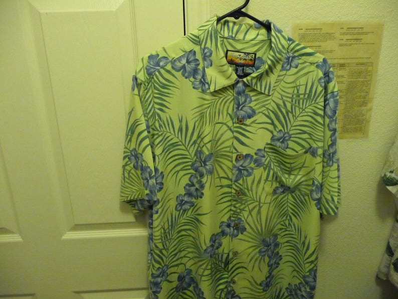 542cd94e Havana Jack's Cafe Men's Aloha Shirt L 100% Rayon nice | Etsy