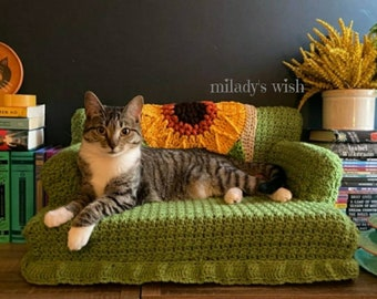 Kitty Cat Couch, crochet, small dog or cat bed, made to order with free Catnip Crazies toy and FREE SHIPPING, handmade, customizable