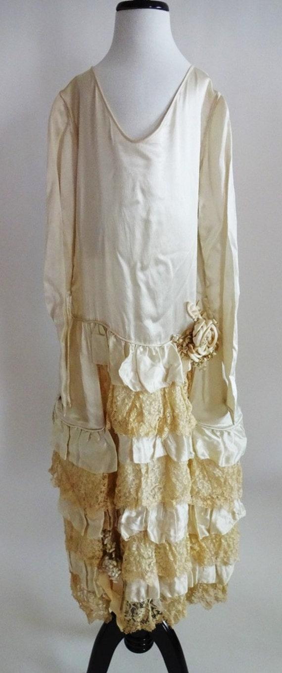 Dress #335 ~ Early 1920's 'Robe de Style' Silk-Sat