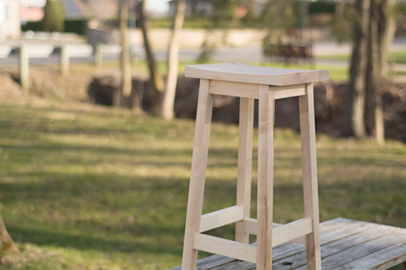 Prime Maple Bar Stool Backless Wood Stool Bar Height Handcrafted In Maple Wood 30 Inch Stool Bralicious Painted Fabric Chair Ideas Braliciousco