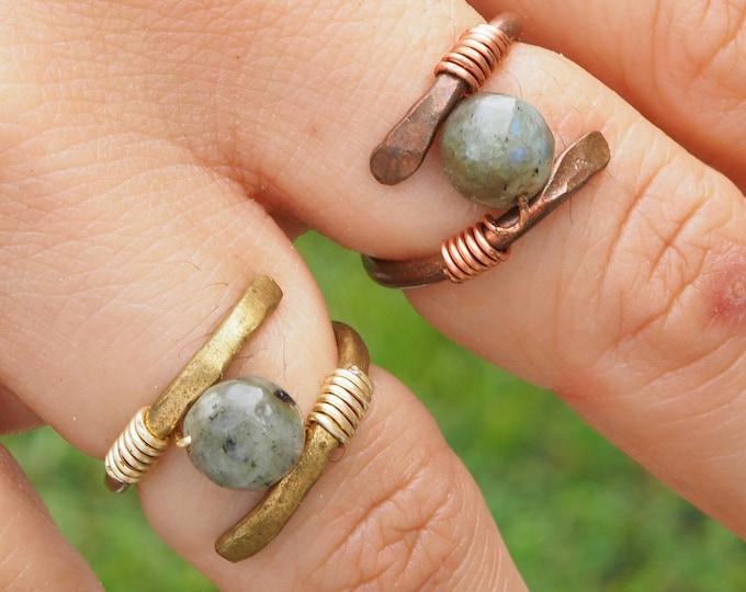 Helix Rings,  Labradorite rings, jewelry labradorite sphere 8mm, Fingerings, Handmade Copper or Brass
