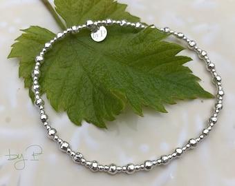 Bracelet perles irrégulières et mini perles en argent 925ème